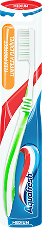 Aquafresh Clean & Flex medium toothbrush in pink/white colour combination with Aquafresh colors on the packaging.