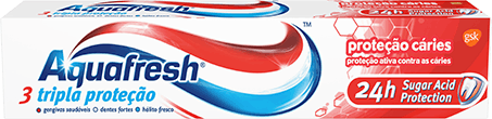 Aquafresh Triple Protection Fresh & Minty toothpaste packaging with blue accent.