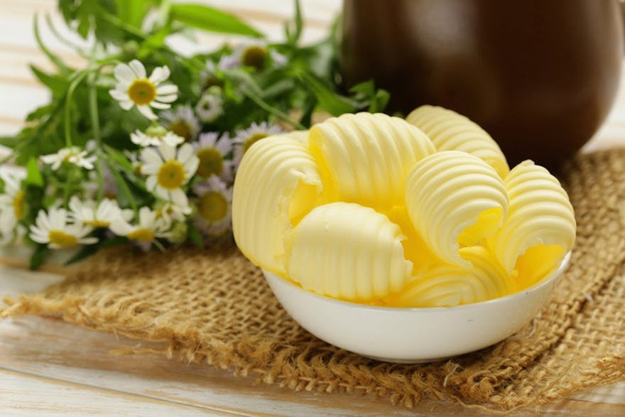 butter-vs-margarine-heart