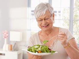 Elderly eating healthy thumbnail