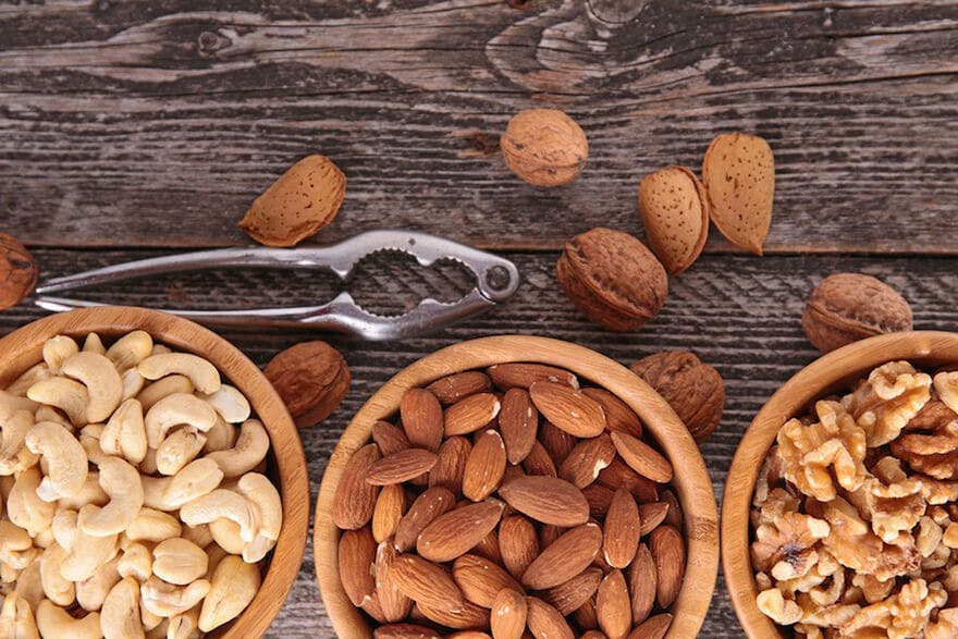 nuts-healthy-for-heart