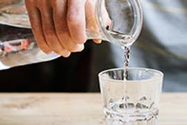 Dehydration Headaches – How Much Water Should You Drink to Help Prevent One?