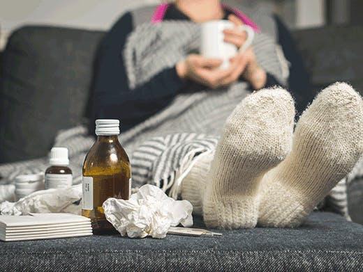 ¿Cómo se propagan los virus del resfriado y la gripe