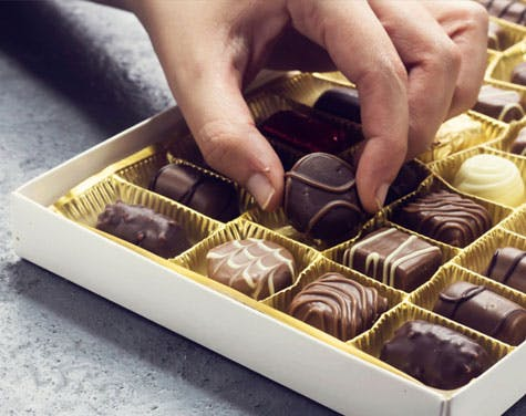 Should You Avoid Those Valentine's Day Chocolates If You Have Heartburn?