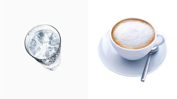 Kaltes Wasser; heißer Kaffee