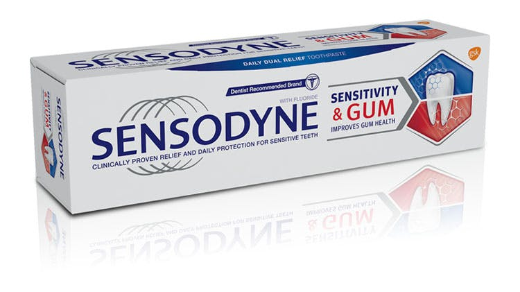Sensodyne Sensitivity & Gum packshot