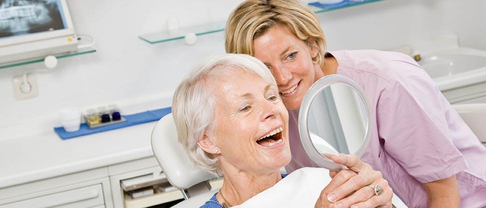 Pacjentka z dentystą