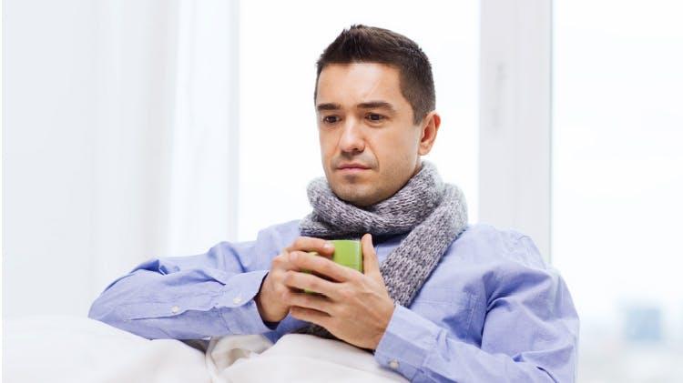 Bărbat cu febră