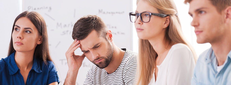 Hvordan behandle hodepine forårsaket av stress