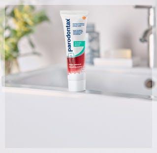 parodontax Toothpaste Unboxed