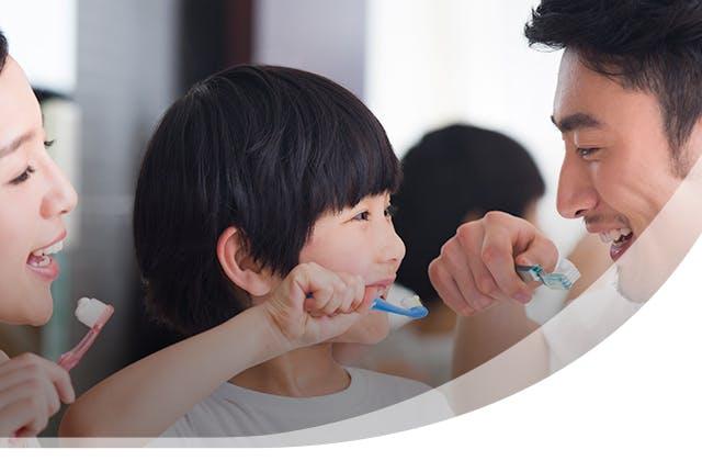 Parodontax Whitening Toothpaste Header