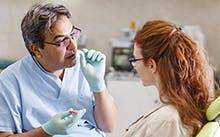 Link către secțiunea Cum se curăţă protezele dentare?