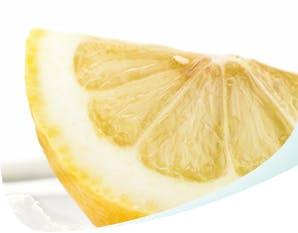 slice of lemon to whiten teeth