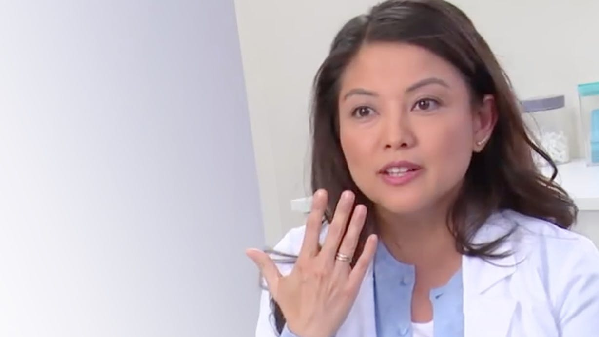 Dentist explains what tooth sensitivity feels like