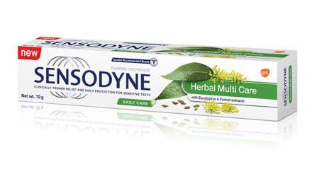 Sensodyne®    Creme Dental Repair & Protect Whitening