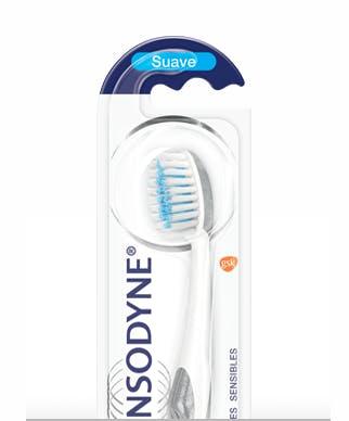 Cepillo para dientes sensibles Sensodyne True White - GSK