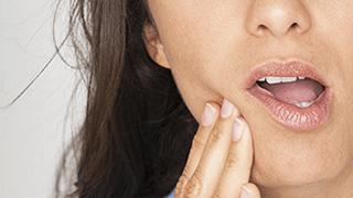 Hampaiden vihlonnan oireet