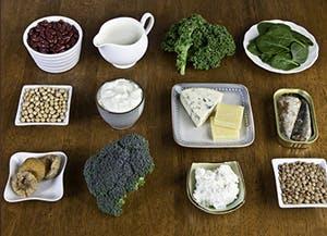 鈣, 司各脫, 司各脫鰵魚肝油, 強健的骨骼, 強健的牙齒, 鈣補充劑